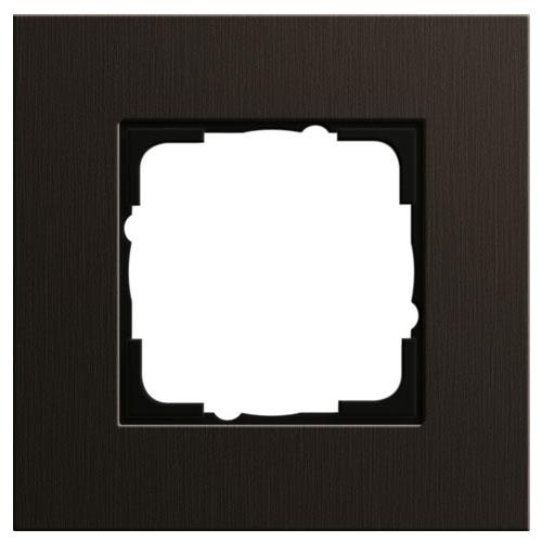 Aluminium bruin